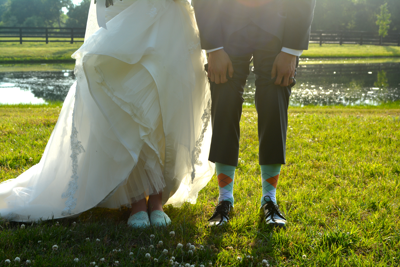 NC Farm Wedding with Accents of Apricot and Aqua - Wedding Belles Blog