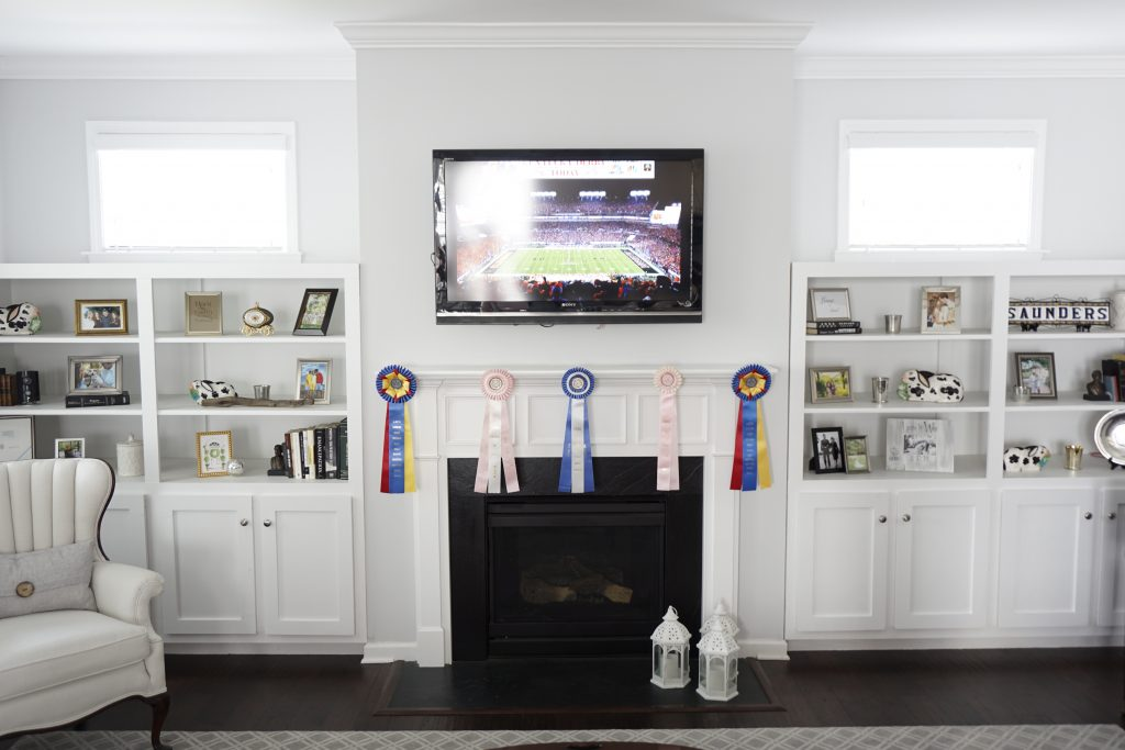 Kentucky Derby Party Decor Using Recycled Horse Show Ribbons | Fairly Southern