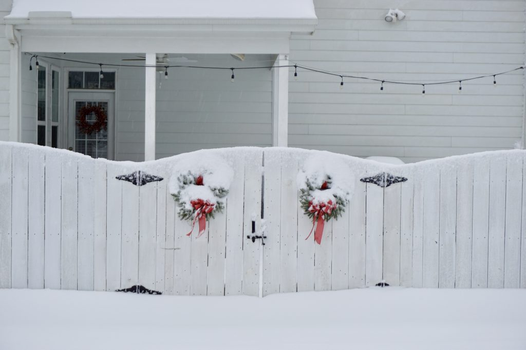 Christmas wreaths in the snow  |  Fairly Southern