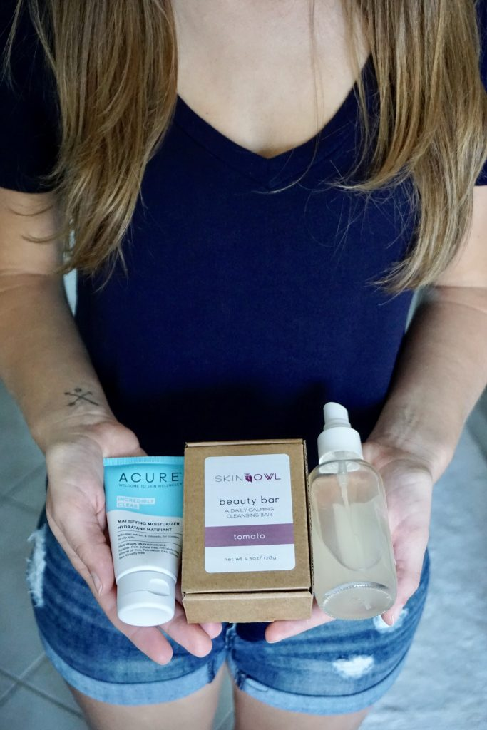 Non-toxic and clean skincare and makeup routine for oily skin  |  Fairly Southern