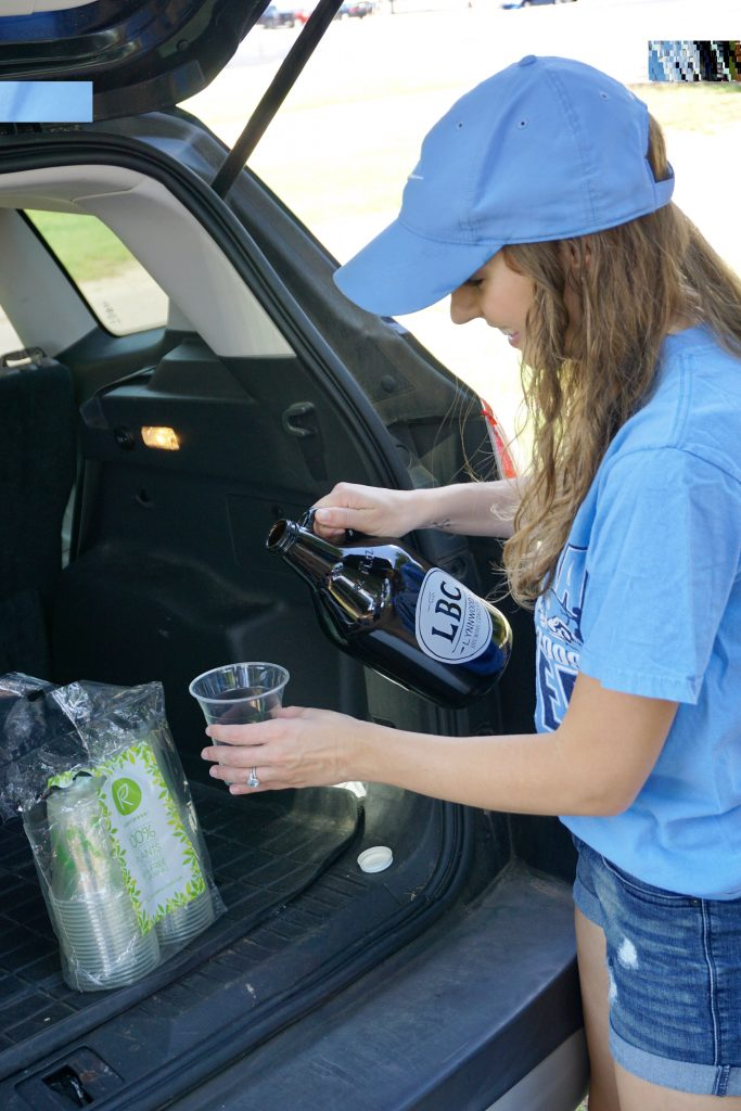 Tailgate growler - How to Have an Eco-Friendly Tailgate - sustainable tailgating tips!  |  Fairly Southern